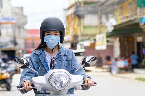 La moto ganó protagonismo en la pandemia, debido a las restricciones en el transporte público